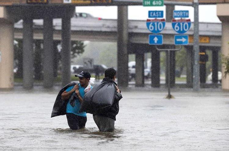 Calles inundadas y personas buscando refugio, así es el escenario en una de las economías más grandes del mundo.