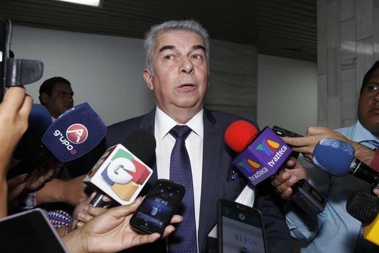 Luis Rabbé puede ser investigado por la Fiscalía por su implicación en la contratación irregular de personal. (Foto Prensa Libre: Hemeroteca PL)