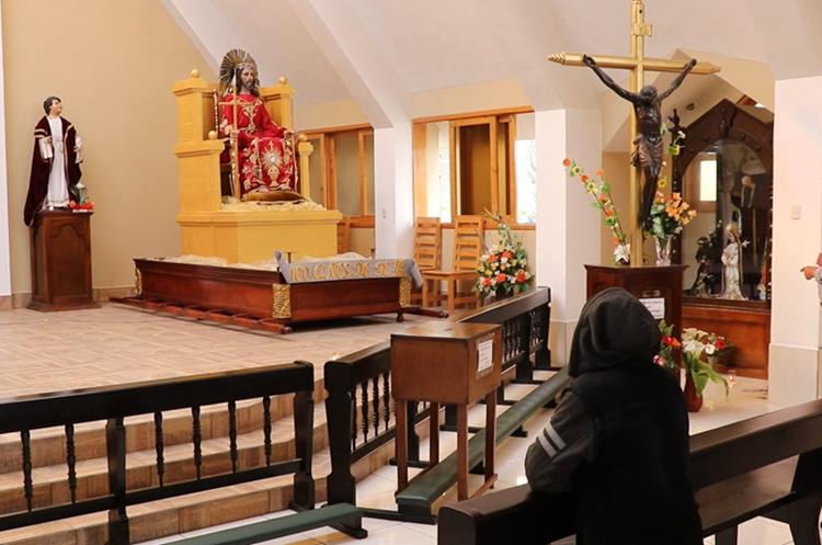 La imagen de Jesús de la Buena Esperanza, es venerada por cientos de devotos en Jalapa. (Foto Prensa Libre: Hugo Oliva)
