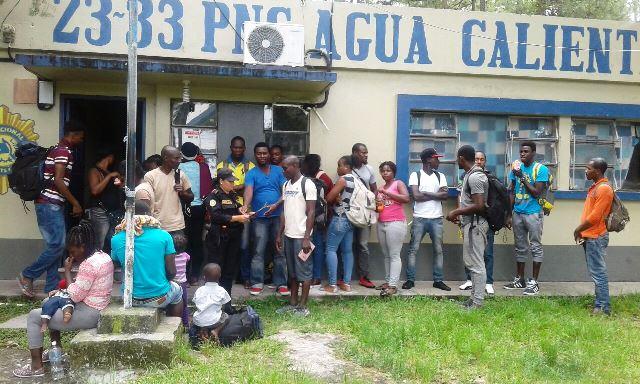 Desde el comienzo del año grupos de africanos han sido interceptados en el país. (Foto Prensa Libre: Hemeroteca PL)