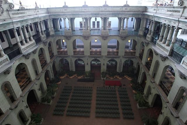 La construcción del Palacio Nacional comenzó el 4 de julio de 1937, terminó el 6 de mayo de 1944, y se inauguró el 10 de noviembre de ese año. (Foto Prensa Libre: Carlos Hernández)