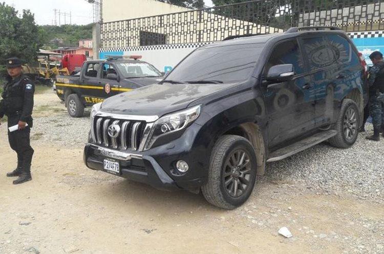 Los detenidos se movilizaban en cinco vehículos, tres fueron consignados. (Foto Prensa Libre: Cortesía PNC)