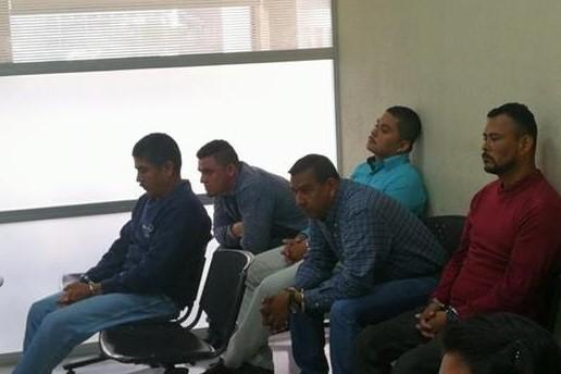 Los cinco sentenciados durante el debate en el Tribunal de Mayor Riesgo D (Foto Prensa Libre: Hemeroteca PL).