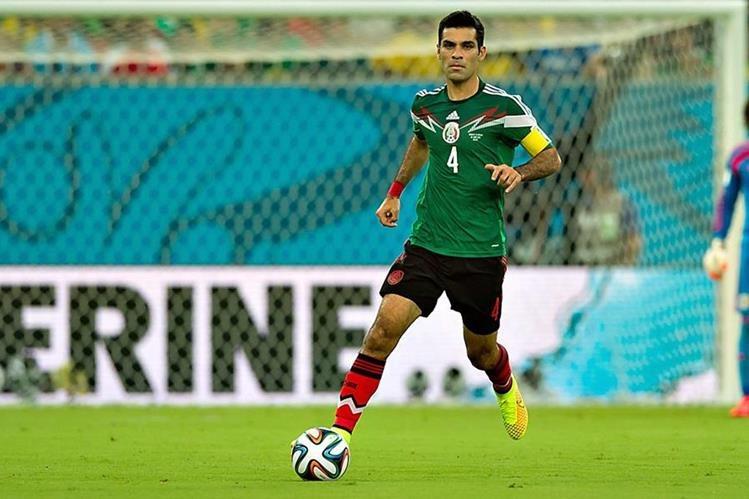 Márquez se lesionó en el partido contra Costa Rica en las clasificatorias al Mundial de Rusia 2018. (Foto Prensa Libre: Hemeroteca)