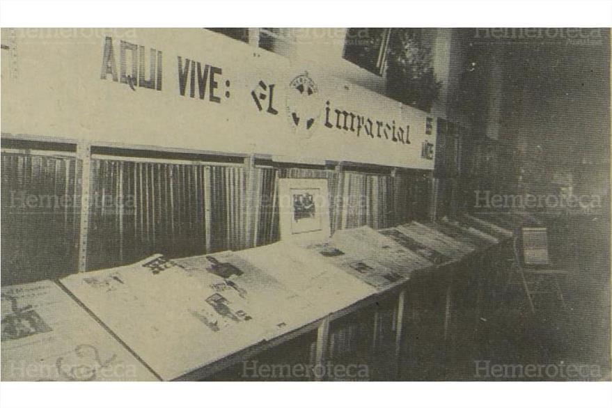 17/06/1987 Exposición de todos los números del diario El Imparcial publicados desde el 16 de junio de 1922.  (Foto: Hemeroteca PL)