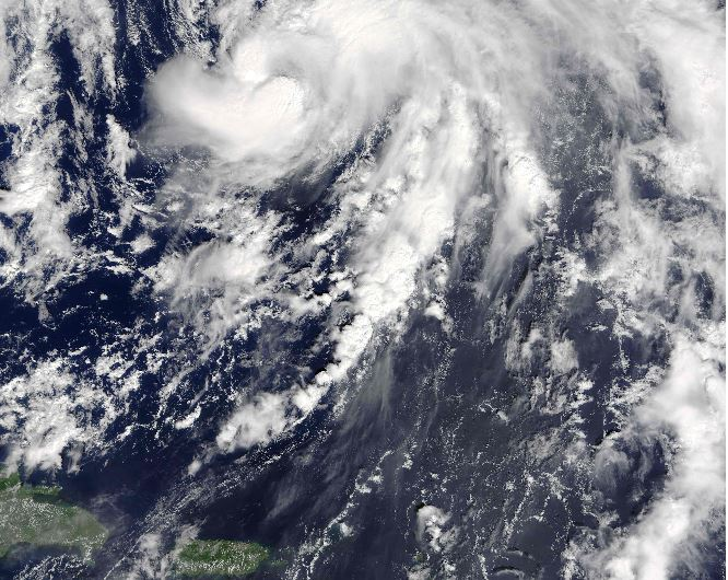 Nicole podría desencadenar fuerte lluvia en EE. UU. (Foto Prensa Libre: AFP)
