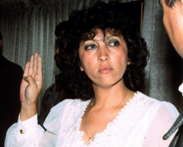Ileana Alamilla presta juramento como miembro de la APG, en julio del 2000. (Foto Prensa Libre: Hemeroteca PL).