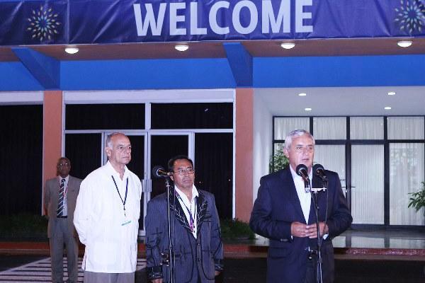 El presidente Otto Pérez Molina llega a La Habana para participar en la cumbre del Celac. (Foto Prensa Libre: Presidencia)