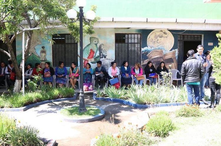 Las personas que sean contratadas cubrirán áreas rurales de ocho municipios de Quetzaltenango. (Foto Prensa Libre: María José Longo).