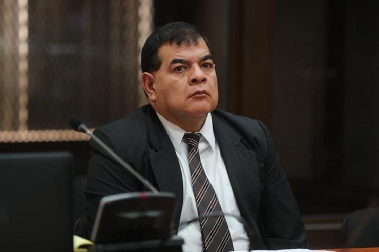 Rony López, exjefe de la Fiscalía contra el Crimen Organizado, es acusado de obstrucción de justicia. (Foto Prensa Libre: Erick Avila)