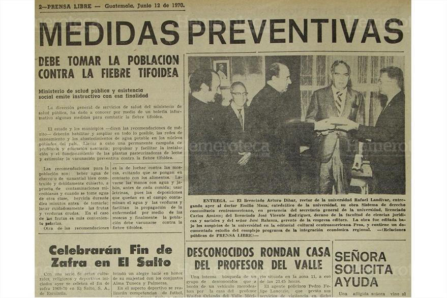12/6/1070 El Ministerio de Salud da a conocer medidas preventivas contra la  tifoidea. (Foto: Hemeroteca PL)