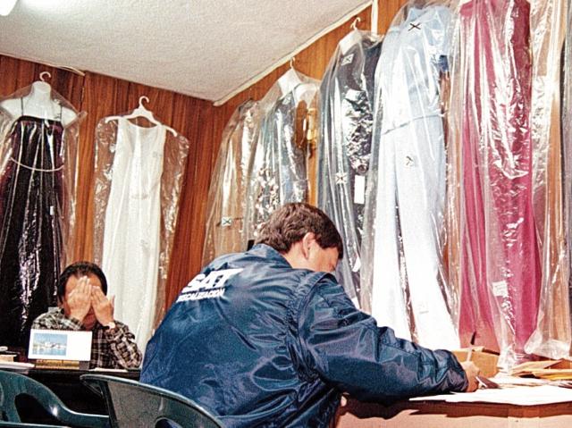 Un grupo de auditores efectúa auditorías en diferentes comercios del país. (Foto Prensa Libre: Hemeroteca)