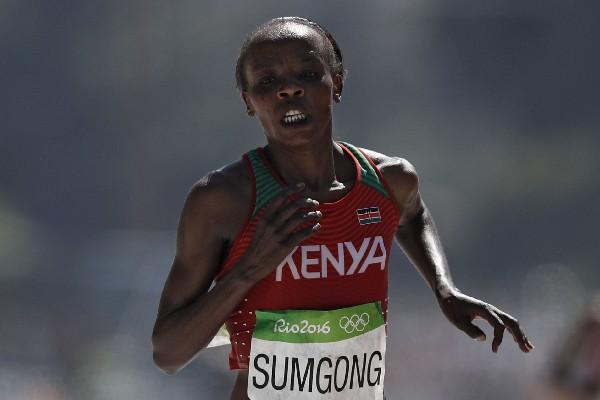 Jemima Sumgong dio positivo por EPO durante los Juegos Olímpicos de Río 2016. (Foto Prensa Libre: AFP).