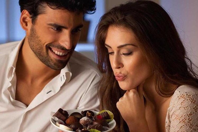 Durante años, las personas han utilizado el chocolate para agradar a la pareja.
