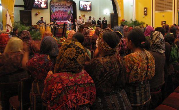 Existen 25 templos evangélicos en Almolonga.