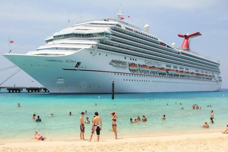 Crucero Carnival zarpa hoy de Miami hacia La Habana. (Foto Hemeroteca PL)