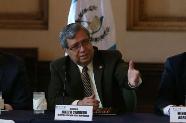 El vicepresidente Jafeth Cabrera estuvo este jueves en la presentación del plan. (Foto Prensa Libre: Vicepresidencia)