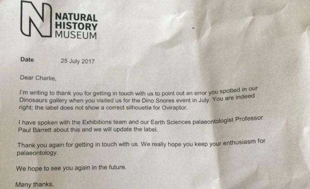 La carta que le envió el Museo de Historia Natural de Londres a Charlie en la que le agradecen por haber notado el error. CORTESIA DE LA FAMILIA