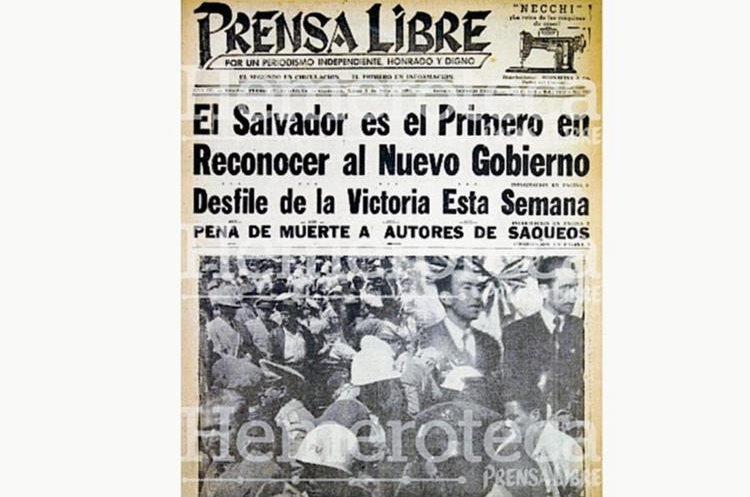 Portada del 5 de julio de 1954, con la llegada de Castillo Armas. (Foto: Hemeroteca PL)