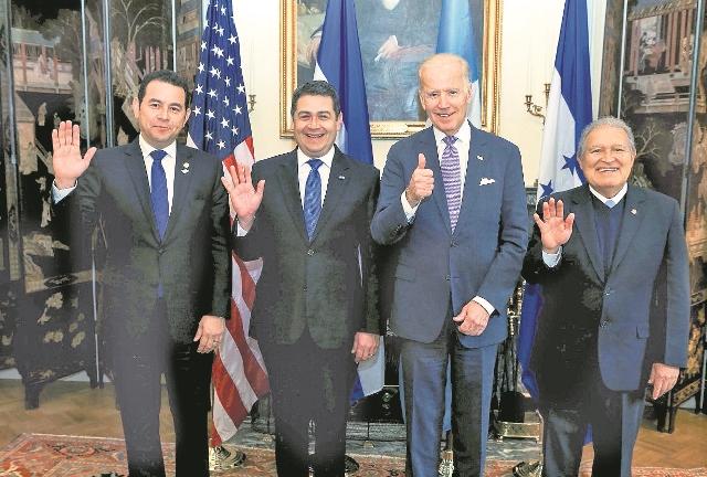 Los presidentes de El Salvador, Honduras y Guatemala se reunirán este martes en San Salvador para discutir una estrategia contra el crimen. (Foto Prensa Libre: Hemeroteca PL)
