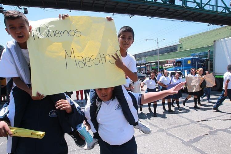 En Centroamérica, Guatemala es uno de los países que menos invierte en educación según Unicef. (Foto Prensa Libre: Hemeroteca PL)