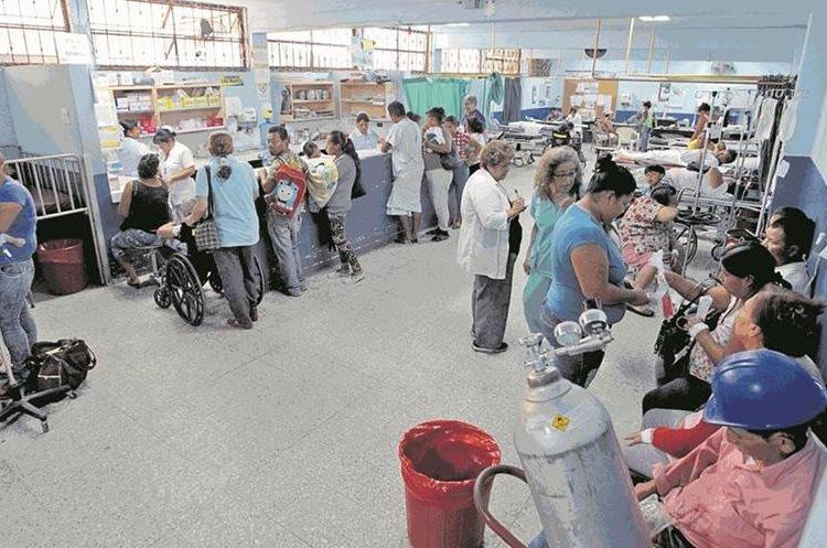 Abogados creen que el sistema viola derechos al no permitir que los reos reciban atención en hospitales. (Foto Prensa Libre: Hemeroteca PL)