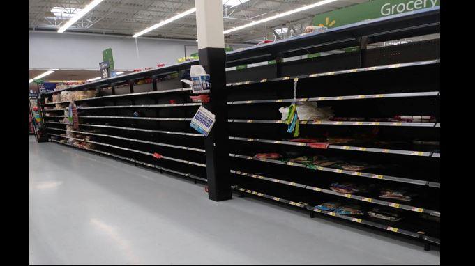 El abastecimiento de alimentos preocupa a los migrantes guatemaltecos en Houston. (Foto Prensa Libre: Susana Oxlaj)