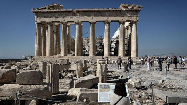El Partenón de Atenas sufrió graves daños entre los siglos XVI y XVII. GETTY IMAGES