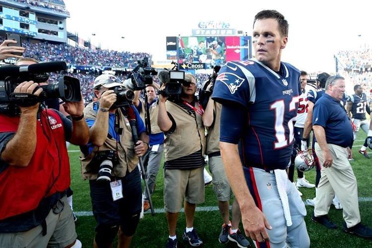 Tom Brady afirma que los comentarios de Trump solo crearon división. (Foto Prensa Libre: AFP)
