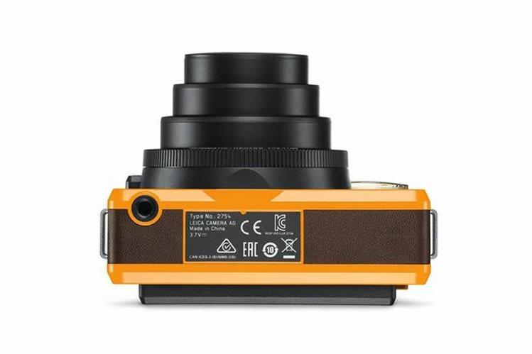La cámara Sofort es muy compacta y tiene un diseño atractivo, para amantes de lo retro. (Foto Prensa Libre: Gizmodo).
