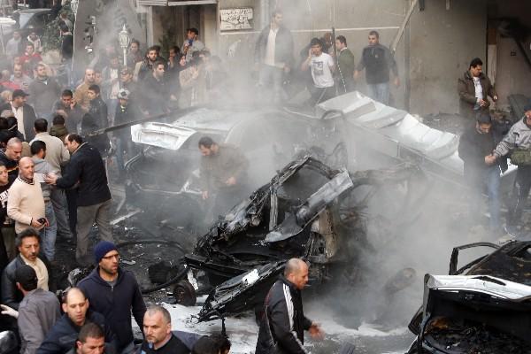 Una fuerte explosión sacudió este jueves los suburbios del sur de Beirut, un bastión del movimiento armado libanés Hizbulá. (AFP)