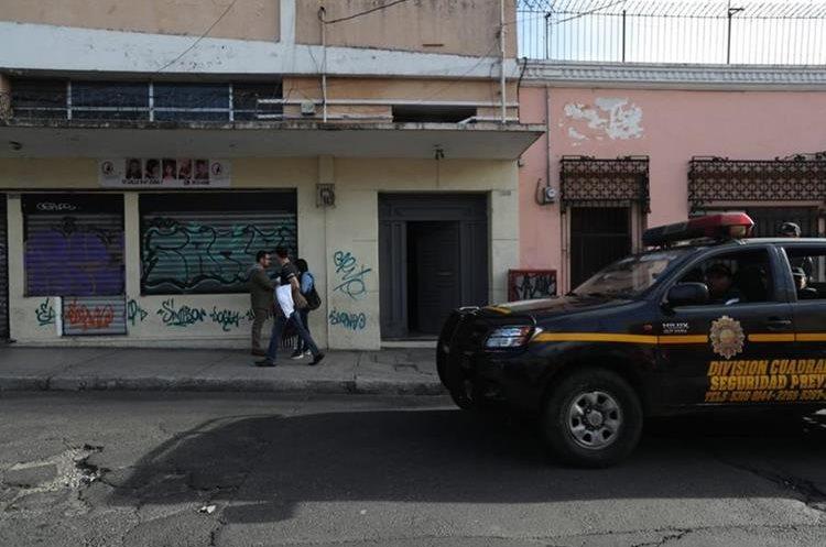 El grupo estructura coordinó el movimiento y el transporte ilícitamente de US$10 mil a US$200 mil diarios. (Foto Prensa Libre: Erick Ávila)