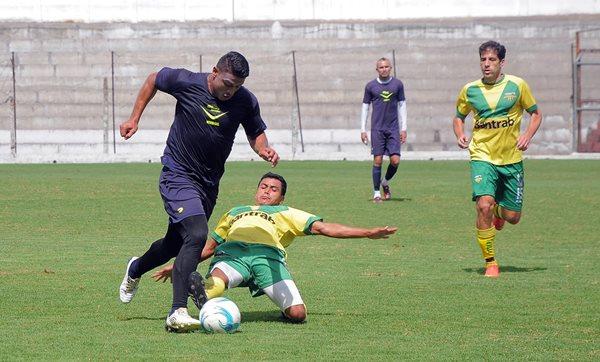 Antigua GFC logro un triunfo contra Petapa, en el estadio Pensativo. (Foto Prensa Libre: Carlos Vicente)