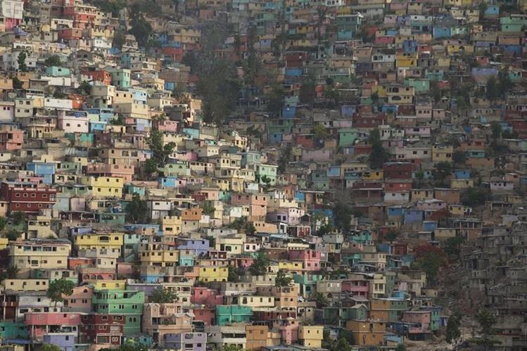 <em>La crisis de vivienda en Haití se agravó tras el terremoto del 2010. (Foto Prensa Libre: AP).</em>