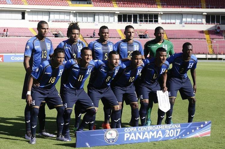 Honduras podría coronarse este viernes en la Copa Centroamericana que se disputa en Panamá. (Foto Prensa Libre: AFP).
