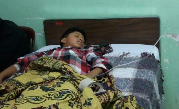 Aparentemente la intoxicación se dio por haber consumido la refacción escolar. (Foto Prensa Libre: Héctor Cordero)