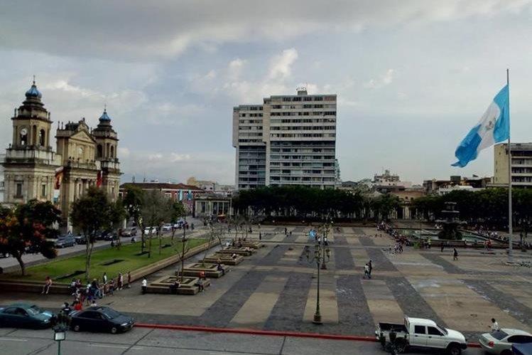 La Plaza de la Constitución concentrará las actividades de Independencia este viernes y sábado. (Foto Prensa Libre: Óscar Rivas)