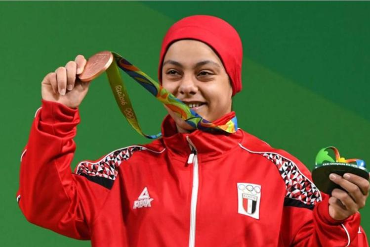 Sara Samir logró la medalla de bronce en los Juegos Olímpicos de Río, en pesas. (Foto Prensa Libre: internet)