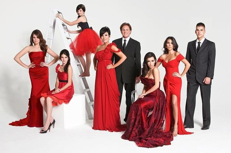 Keeping Up With the Kardashians tiene 13 temporadas, 9 spin offs y 10 años de estar al aire. (Foto Prensa Libre: Heightline).