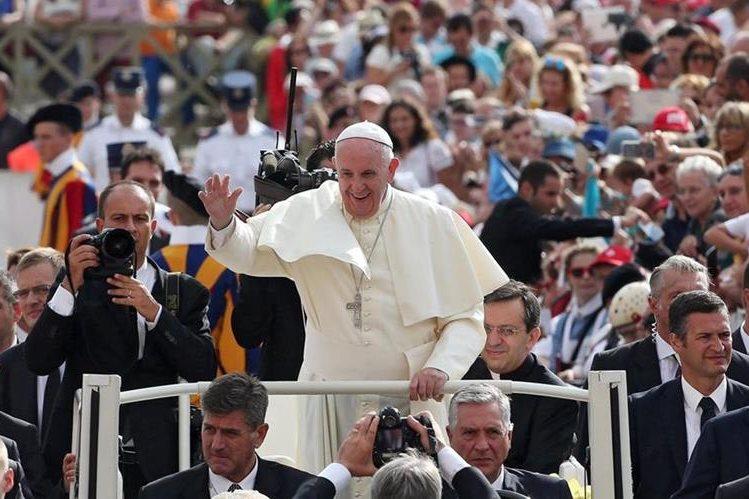 <em>La gira del papa Francisco por Estados Unidos ha generado expectativa mundial. (Foto Prensa Libre: EFE).</em>