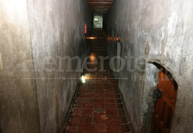 Calabozo donde se encuentran las celdas que fueran utilizadas para encerrar a políticos y militares en tiempos pasados. (Foto: Hemeroteca PL)