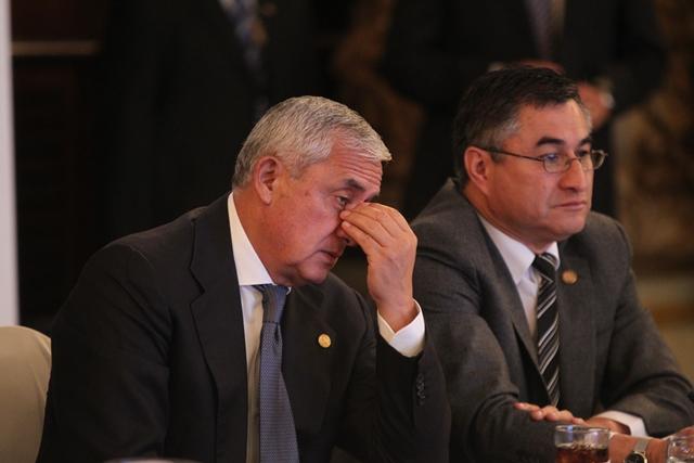 El Presidente Otto Pérez Molina vive sus horas más bajas desde que asumió el poder.