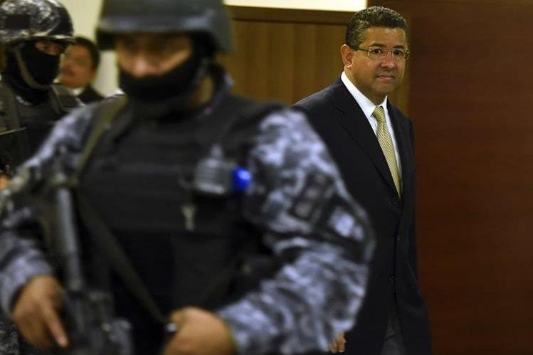 Francisco Flores, expresidente de El Salvador. (Foto Prensa Libre: AFP).