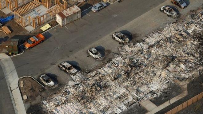 Numerosos complejos industriales quedaron destruidos. REUTERS