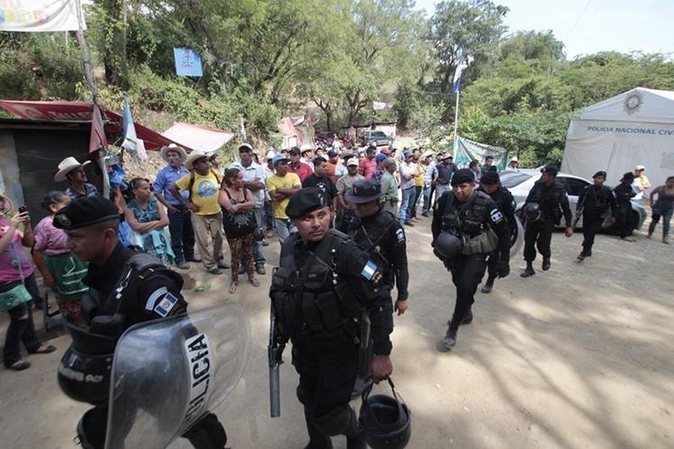 Desde el 2012 los vecinos de las comunidades cercanas a la mina se oponen al proyecto minero. (Foto Prensa Libre: Hemeroteca PL)