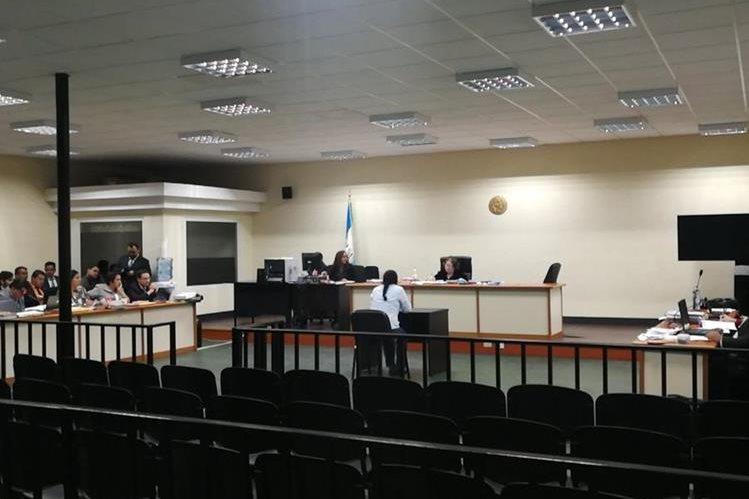 La audiencia se realizó en la sala de máxima capacidad del Organismo Judicial. (Foto Prensa Libre: Javier Lainfiesta).