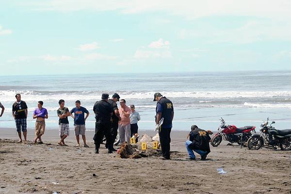 Las autoridades estiman que a las playas de Puerto de San José lleguen cas un millón de visitantes. (Foto Prensa Libre: Hemeroteca PL).