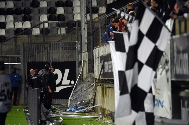 Así quedó el área dañada después del incidente. (Foto Prensa Libre: AFP)