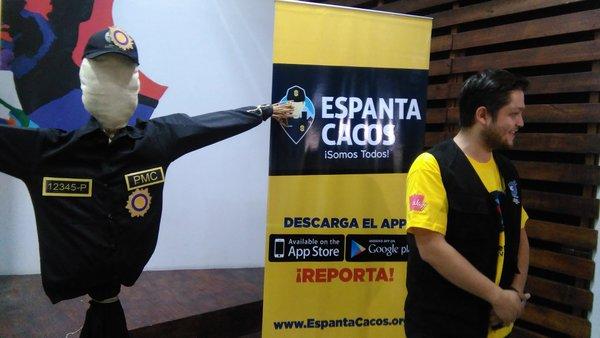 El proyecto Espantacacos comenzó a recopilar información desde hace 11 meses. (Foto Prensa Libre: Geldi Muñoz)