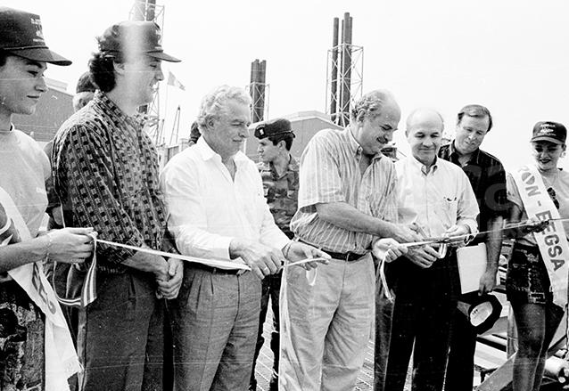 Serrano inaugura obras en el Puerto Quetzal. (Foto: Hemeroteca PL)